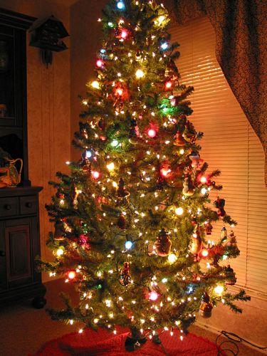 Imagenes de rboles de navidad frases de navidad y a o - Decoracion de arboles navidenos ...